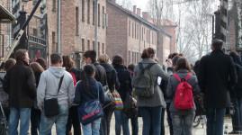 150 collégiens en voyage pédagogique à Auschwitz