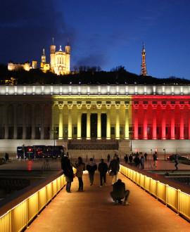 Solidaire de la Belgique, Lyon illumine le palais de justice