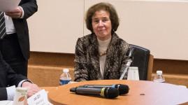 Les collégiens rencontrent Beate Klarsfeld, figure de la traque des nazis
