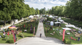 Scènes de jardin à Lacroix-Laval : le rendez-vous des passionnés