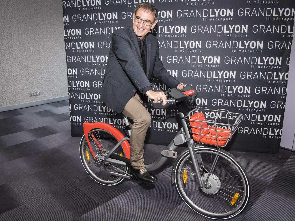 Vélo'v : bientôt un nouveau vélo hybride