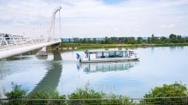L'Evasion : naviguez sur le canal de Jonage
