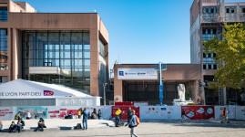 Lyon Part-Dieu : démolition du hall sud de la gare