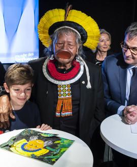 Le chef Raoni en visite dans la Métropole de Lyon