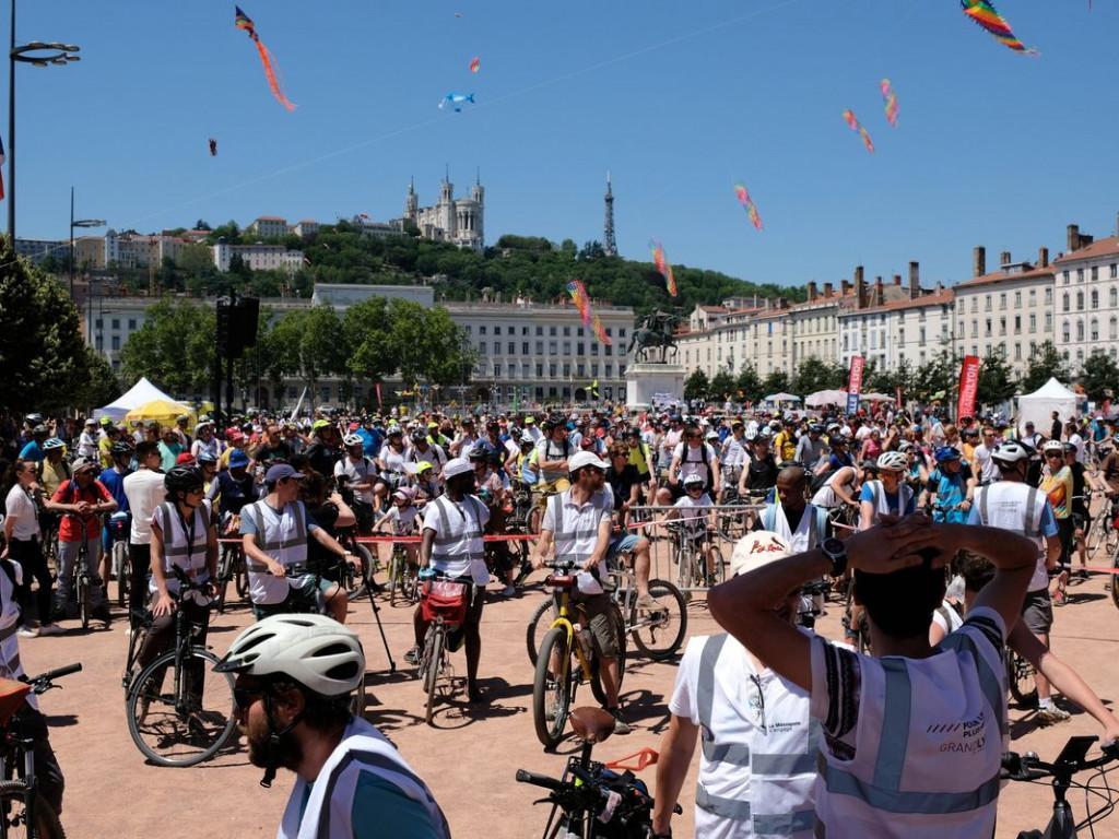 Plus de 2000 cyclistes dans le cortège de Convergence Vélo !
