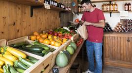 Relevez le défi : mangez mieux sans payer plus