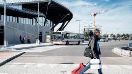Deux lignes de bus jusqu'à l'aéroport