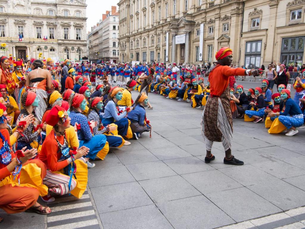Africa2020 : participez au Défilé de la Biennale de la Danse !