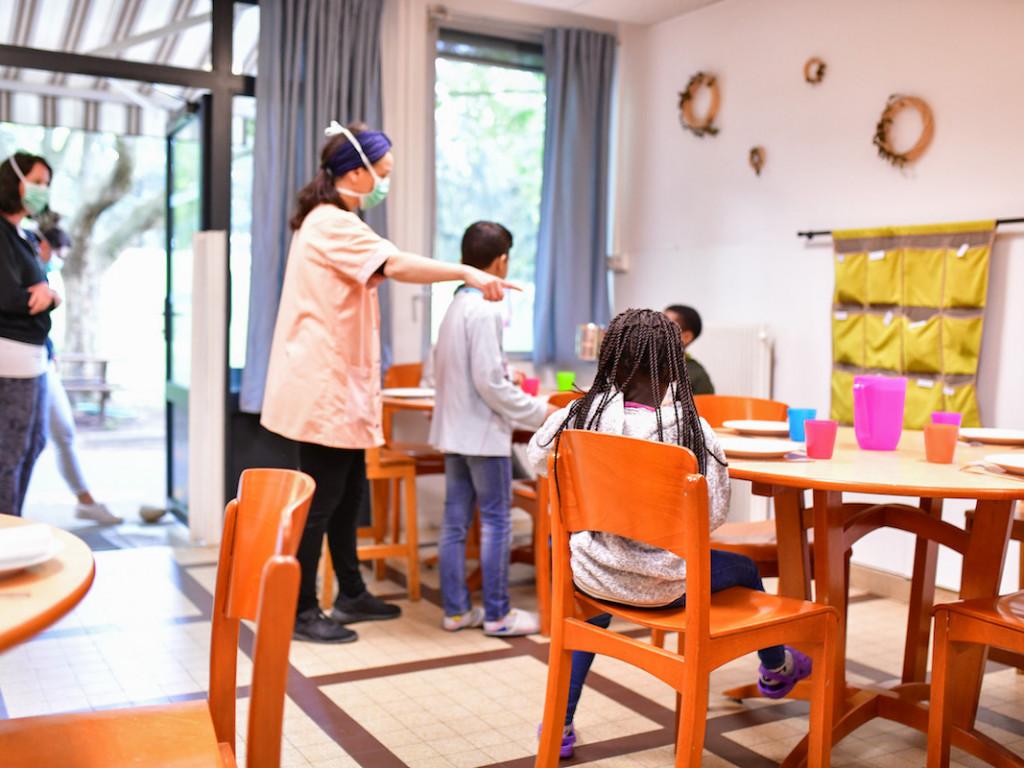 Prendre soin des enfants en difficulté pendant l'épidémie