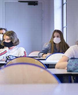Rentrée : 140 000 masques pour les collèges