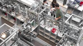 Les métropoles de Lyon et Saint-Etienne transforment leurs industries