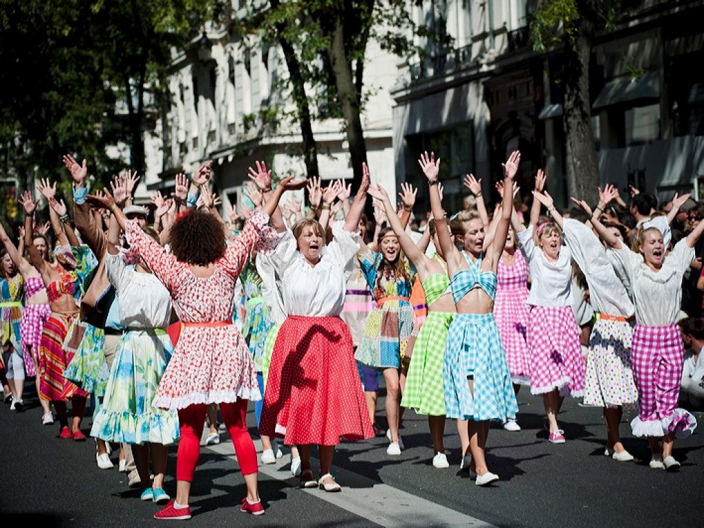 Défilé Biennale de la Danse 2014