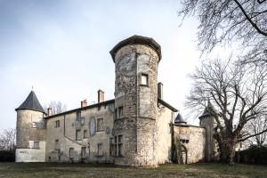Édifié au Moyen-Âge et inscrit à l'inventaire des Monuments Historiques, le château de La Motte restauré sera un lieu de destination gourmand…